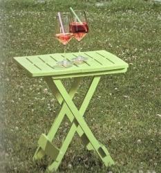 107bf07de1a4 Zahradní plastový stůl ADIGE sv. zelený  limet